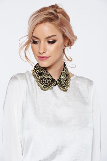 Fekete StarShinerS nyakék hímzett betétekkel