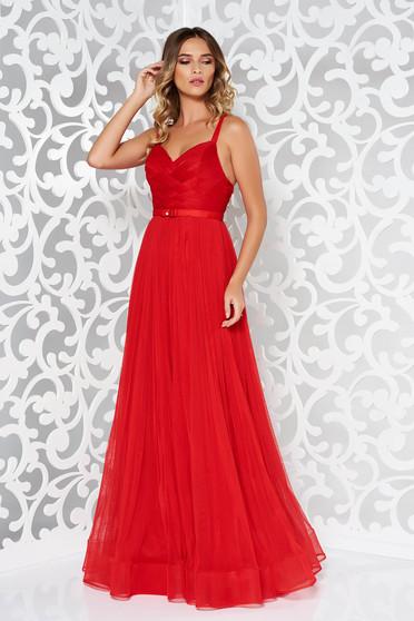 Piros Ana Radu pántos estélyi ruha strassz köves kiegészítővel