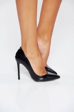 Fekete elegáns műbőr stiletto magassarkú cipő enyhén hegyes orral