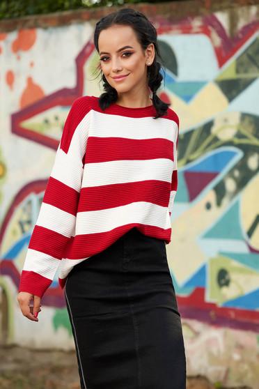 Piros bő szabású hétköznapi kötött pulóver