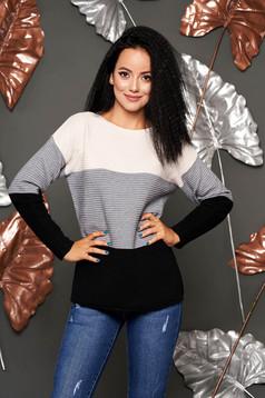 Szürke hétköznapi bő szabású kötött pulóver