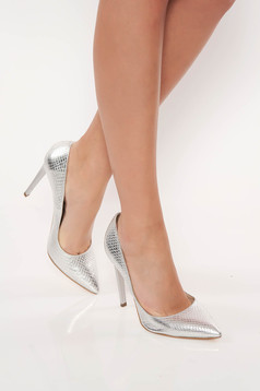 Ezüst stiletto elegáns magassarkú cipő