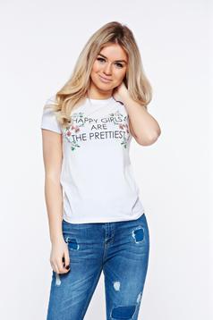 Fehér Top Secret casual pamutból készült bő szabásu póló virágmintás díszítéssel