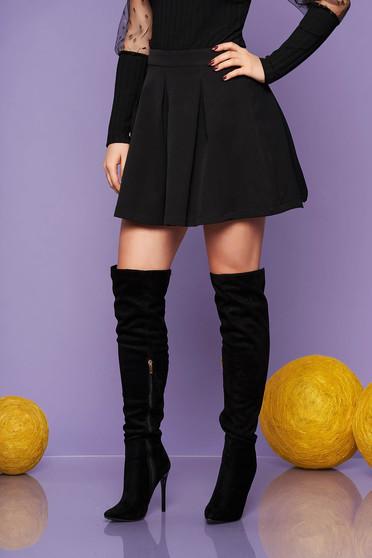 Fekete casual harang szoknya enyhén rugalmas anyagból