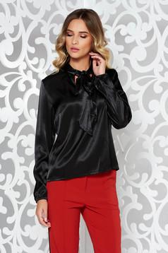 Fekete StarShinerS bő szabás elegáns női blúz szatén anyagból
