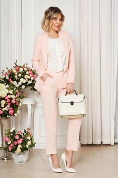 Rózsaszínű irodai zsebes nadrág enyhén elasztikus szövet egyenes szabás