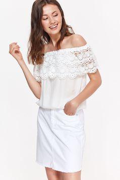 Fehér Top Secret női blúz casual bő szabású lenge anyagból csipke díszítéssel