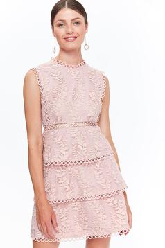 Rózsaszínű Top Secret elegáns harang ruha csipkés anyagból belső béléssel