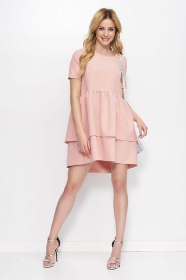 Rózsaszínű Makadamia ruha elegáns asszimmetrikus szabással bő szabású fodros enyhén rugalmas anyag
