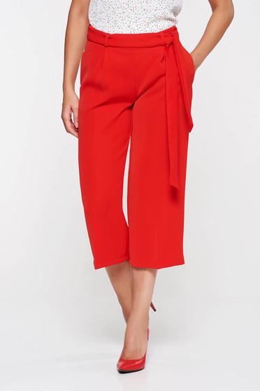 Piros PrettyGirl nadrág magas derekú deréktól bővülő szabás övvel ellátva