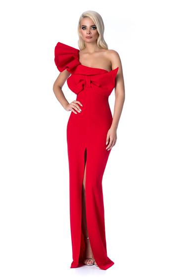 40f705eaa8 Piros Ana Radu alkalmi hosszú szirén tipusú ruha szűk szabás fodros masni  díszítéssel