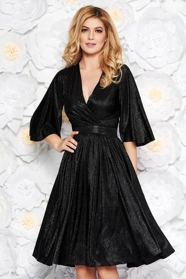 Fekete StarShinerS alkalmi harang ruha fényes anyag belső béléssel v-dekoltázzsal