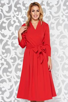 Piros elegáns harang ruha nem elasztikus pamut v-dekoltázzsal