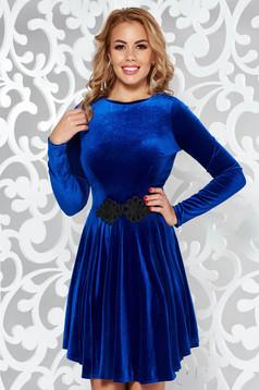 Kék Artista bársony ruha hímzett betétekkel harang alkalmi