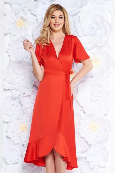 Piros alkalmi ruha átfedéses rugalmatlan anyag fodrok a ruha alján