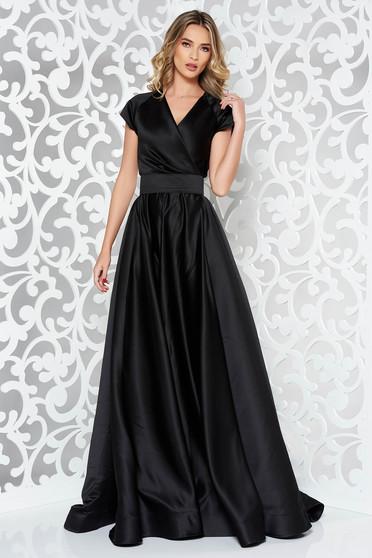 Fekete Ana Radu hosszú harang ruha szatén anyagból övvel ellátva