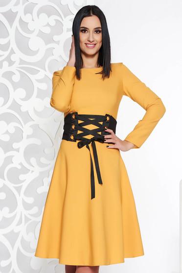 Mustar LaDonna hétköznapi elegáns harang ruha enyhén elasztikus szövet övvel ellátva