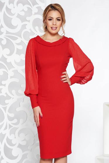 Piros alkalmi midi ceruza ruha enyhén rugalmas anyag lamé szál átlátszó ujj csillogó kiegészítők