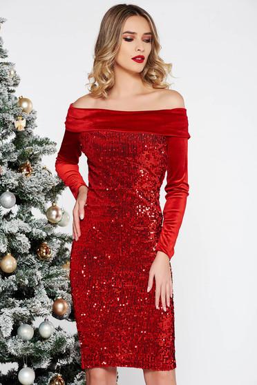 Piros Artista alkalmi bársony flitter ruha szűk szabás a vállakon