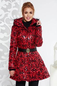 Piros casual vízhatlan dzseki belső béléssel zsebekkel öv típusú kiegészítővel