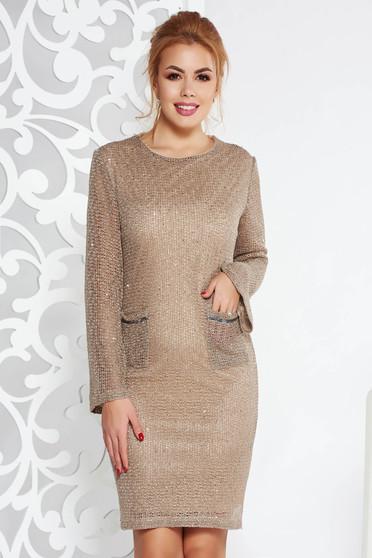 Krém Fofy elegáns ruha egyenes szabás kötött anyag belső béléssel flitteres díszítés