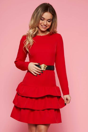 Piros party ruha enyhén elasztikus szövet szűk szabás öv típusú kiegészítővel