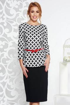 Fekete elegáns ruha enyhén elasztikus pamut derekán fodros öv típusú kiegészítővel