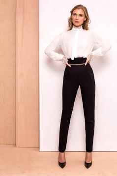 Fekete PrettyGirl elegáns magas derekú nadrág enyhén elasztikus szövet arany színű fémes dísz