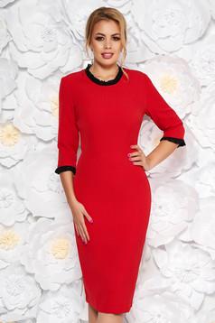 Piros StarShinerS ruha irodai midi szűk szabás enyhén elasztikus szövet fodros