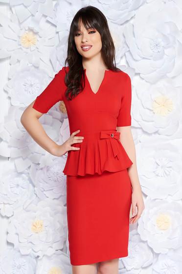 87dd5731ae Piros PrettyGirl elegáns midi ceruza ruha peplummal enyhén elasztikus  szövet belső béléssel