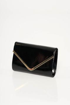 Fekete alkalmi táska fényes anyag fémes kiegészítő hosszú lánc típusú pánt valamint rövid