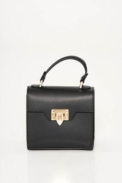Fekete casual táska fém csattal
