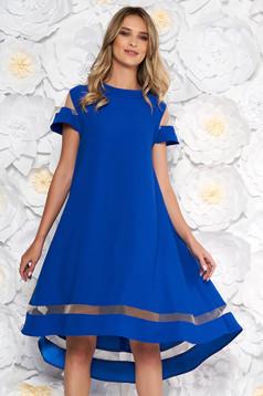 Kék elegáns bő szabású ruha asszimmetrikus szabással vékony anyag rövid ujjakkal