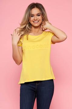 Sárga Top Secret casual bő szabású póló pamutból készült rövid ujjakkal