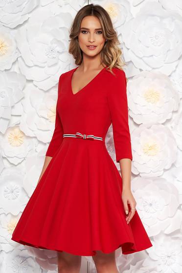 Piros StarShinerS ruha hétköznapi harang rugalmas anyag v-dekoltázzsal háromnegyedes ujjú