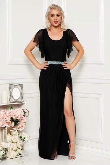 Fekete alkalmi hosszú tüll harang ruha pillangó típusú ujjakkal csillogó kiegészítőkkel