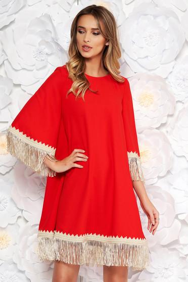 Piros LaDonna elegáns bő szabású ruha rugalmatlan szövet rojtos 3/4-es ujjakkal