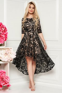 Fekete alkalmi háromnegyedes ujjú aszimetrikus ruha csipkés anyagból flitteres díszítés