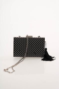Fekete party táska hosszú lánc típusú pánttal bojtokkal