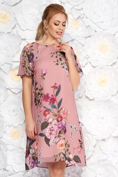Pink elegáns bő szabású ruha lenge anyagból virágmintás díszítéssel