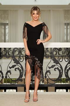 Fekete StarShinerS alkalmi aszimetrikus rojtos váll nélküli ruha flitteres díszítéssel