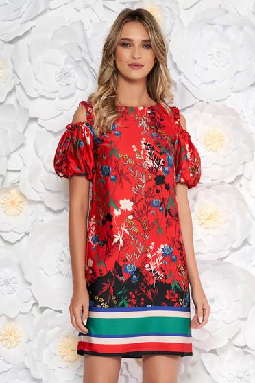 Piros elegáns egyenes ruha szatén anyagból belső béléssel kivágott vállrésszel