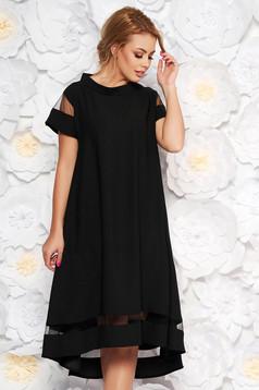 Fekete elegáns bő szabású ruha asszimmetrikus szabással vékony anyag rövid ujjú