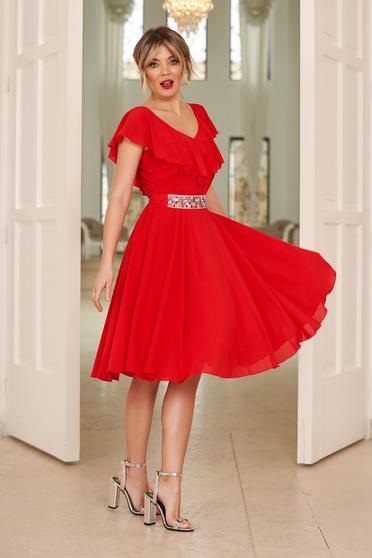 3dbae2ccea Piros StarShinerS alkalmi fodros harang ruha fátyol anyag övvel ellátva