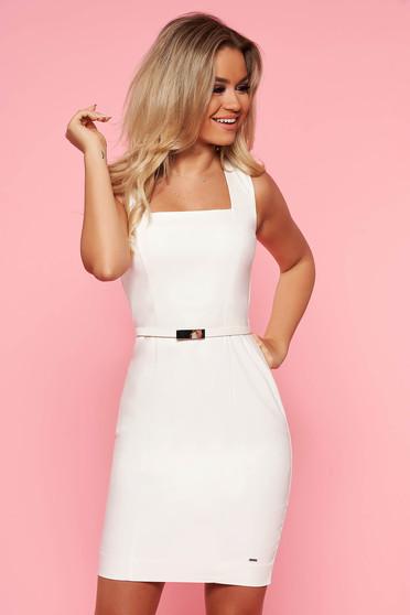 Fehér Top Secret irodai ruha szűk szabás enyhén elasztikus pamut öv típusú kiegészítővel