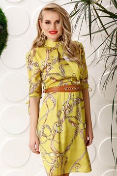Sárga PrettyGirl elegáns hétköznapi harang ruha derékban rugalmas háromnegyedes ujjú szatén anyagból