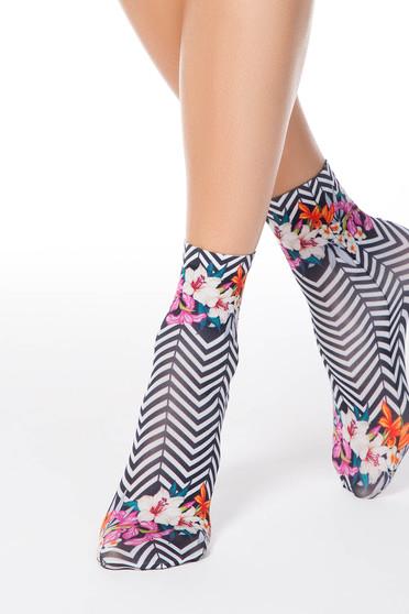 Fekete zokni finom tapintású anyagból nyomtatott mintával