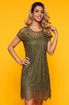 Zöld hétköznapi rövid egyenes ruha csipkés anyagból pólónyakkal