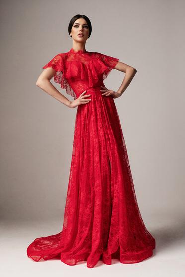Piros Ana Radu alkalmi harang ruha csipkés anyagból fodros szivacsos mellrész