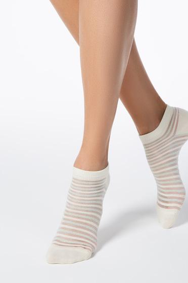 Sárga zoknik rugalmas pamut lekerekitett sarokkal